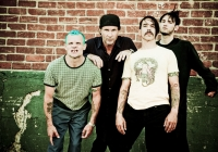 red-hot-chili-peppers-01-06-2011164